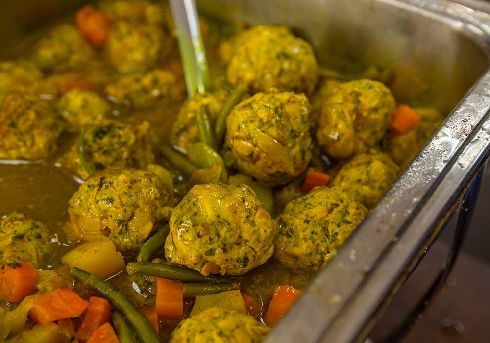 קציצות ברוטב עם ירקות